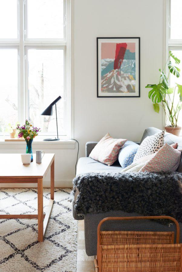 Gemütlicher gehts kaum: Zarte Pastelltöne in Kombination mit Holz