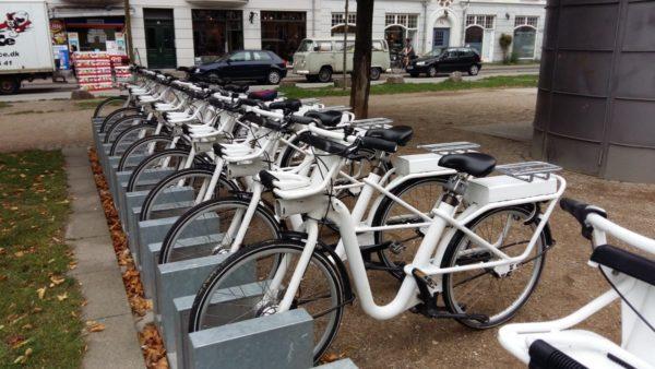 Leihfarräder gibt es an jeder Ecke