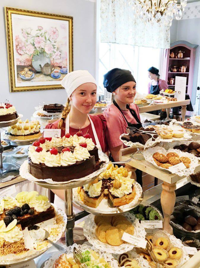 Ein Paradies für Kuchenliebhaber und Torten-Freaks: Eines der größten Kuchenbüffets in ganz Schweden findet man im Taxinge Slott.