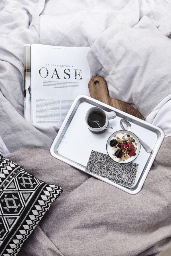 Der perfekte Hygge-Moment: Den Tag im Bett beginnen! Hygge bedeutet im Dänischen gemütlich, behaglich und kuschelig, also einfach zu Hause sein.