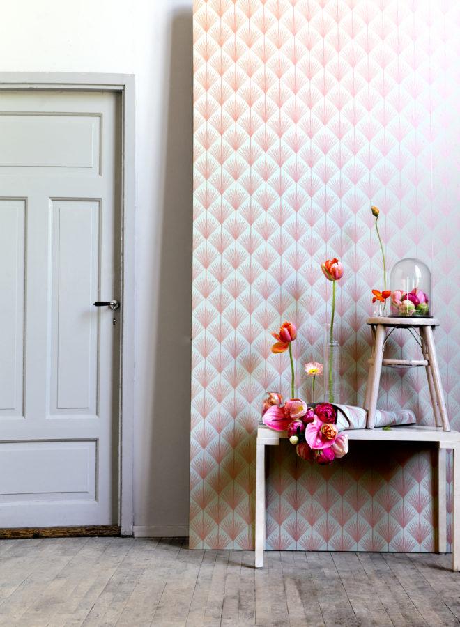 Farbe an die Wand: Die Tapete trägt den Bilderbuch-Namen Ronneby (von Mimou)
