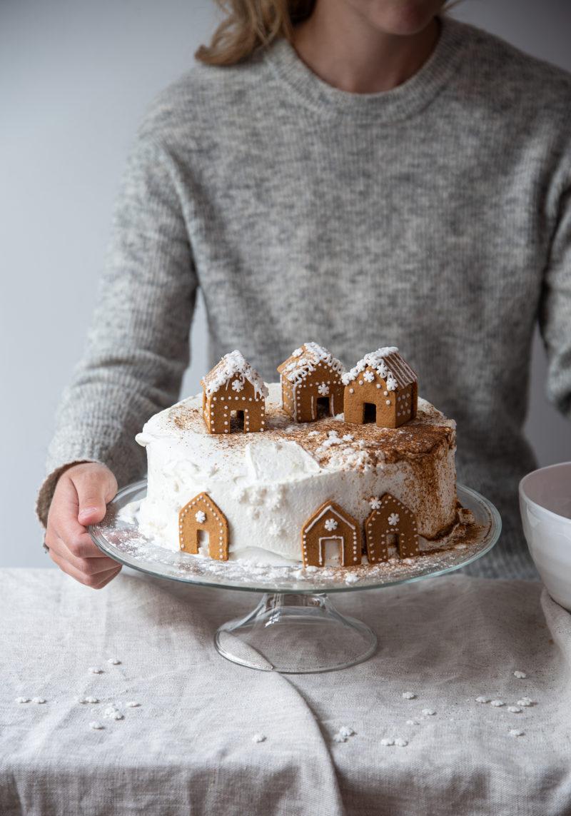 Weiße Weihnachten: So dekorierst du festlich in minimalistischem Weiß