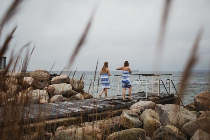 Ab ins eisige Wasser: Kaltbaden macht fit und glücklich